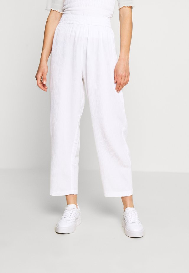 BARB TROUSERS - Stoffhose - white dusty light