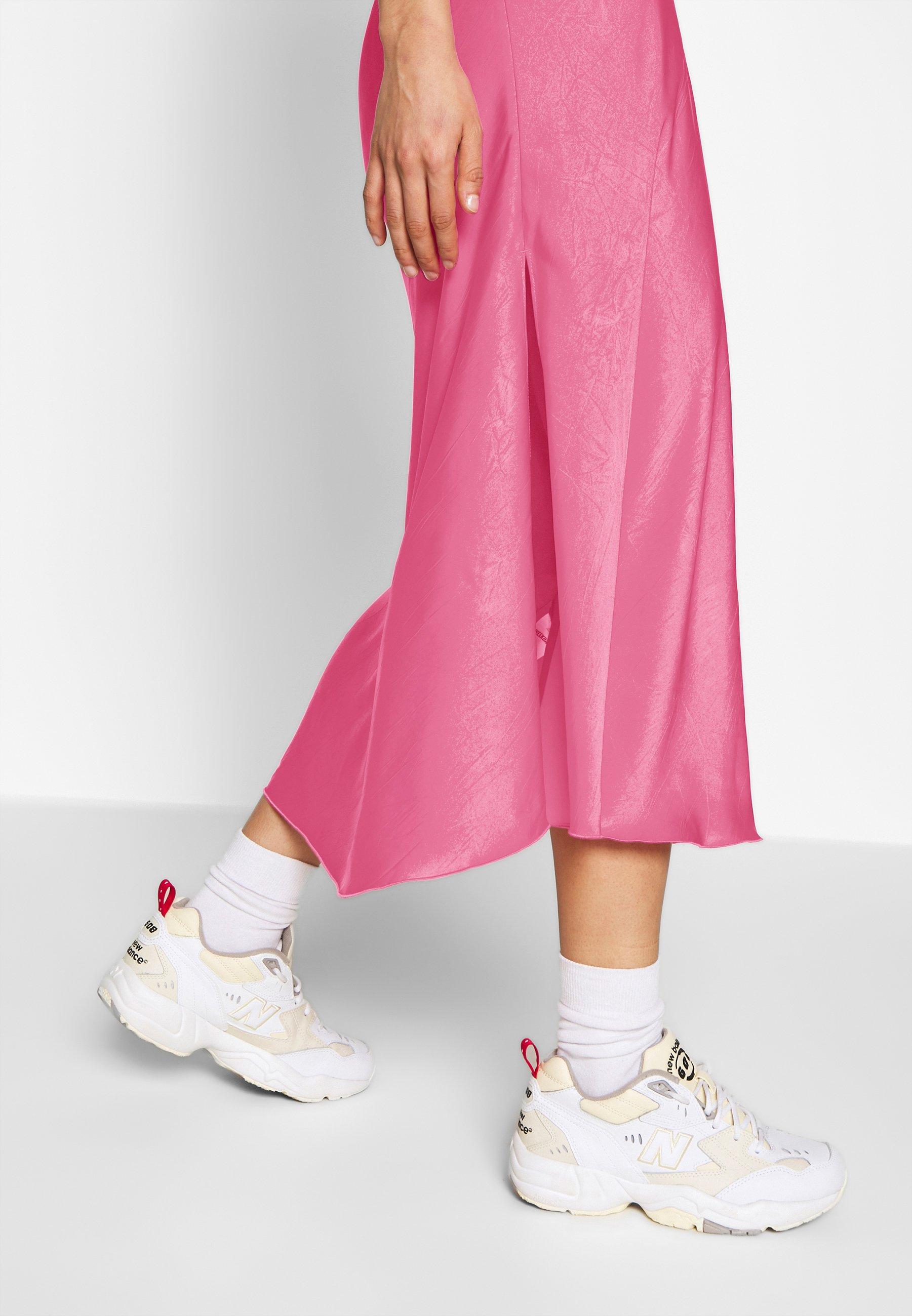 Weekday IDA SKIRT - Spódnica trapezowa - bright pink