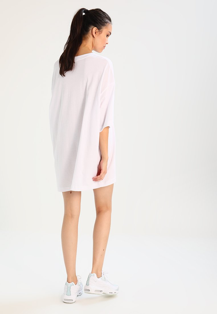 Weekday Robe en jersey - blanc white