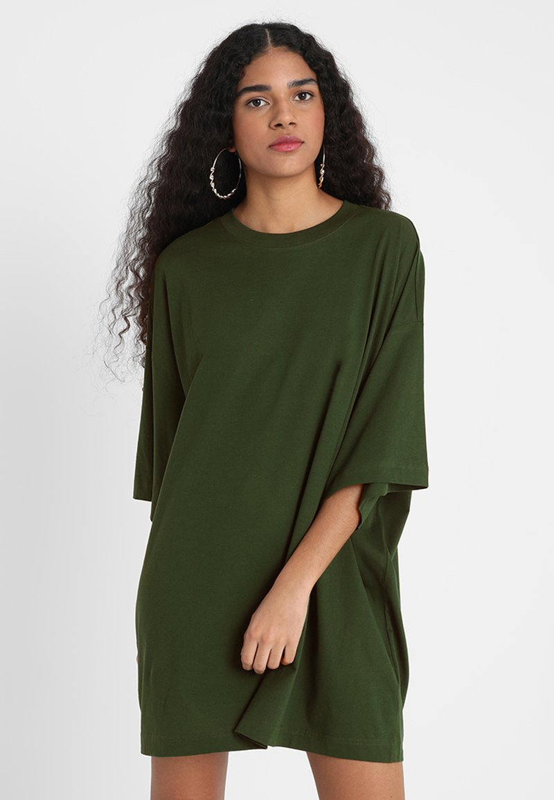 Weekday - HUGE DRESS - Jerseykleid - green dark