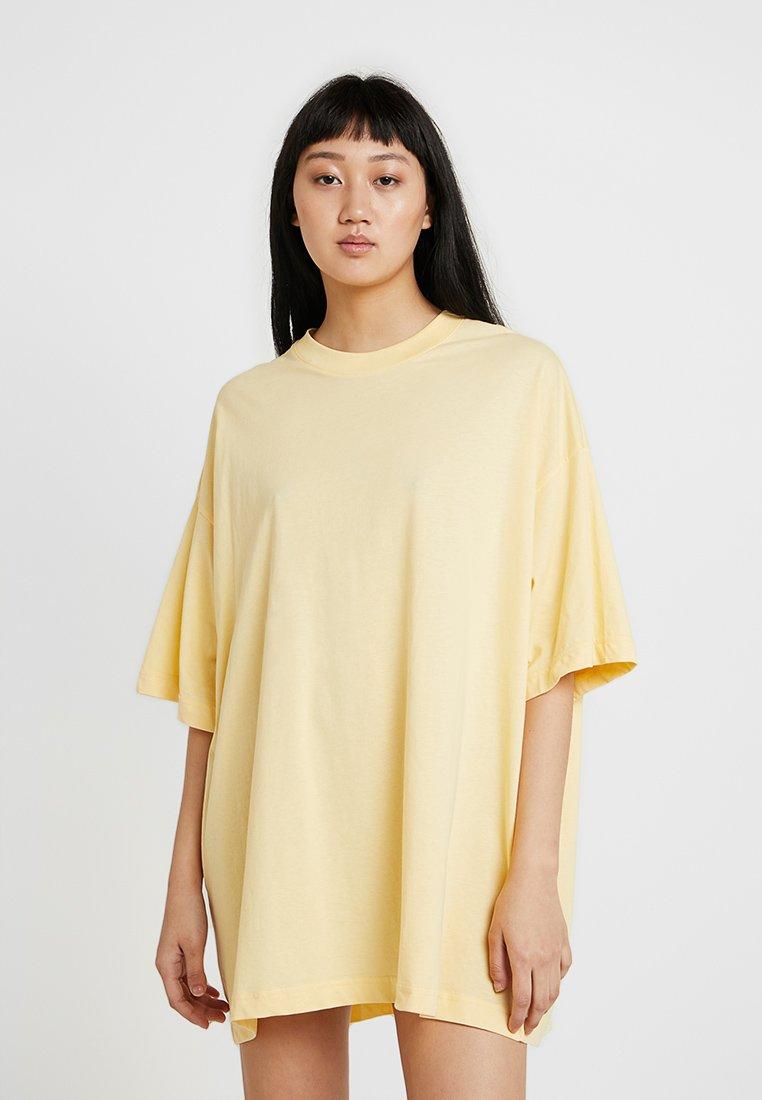 Weekday - HUGE  DRESS - Jersey dress - yellow