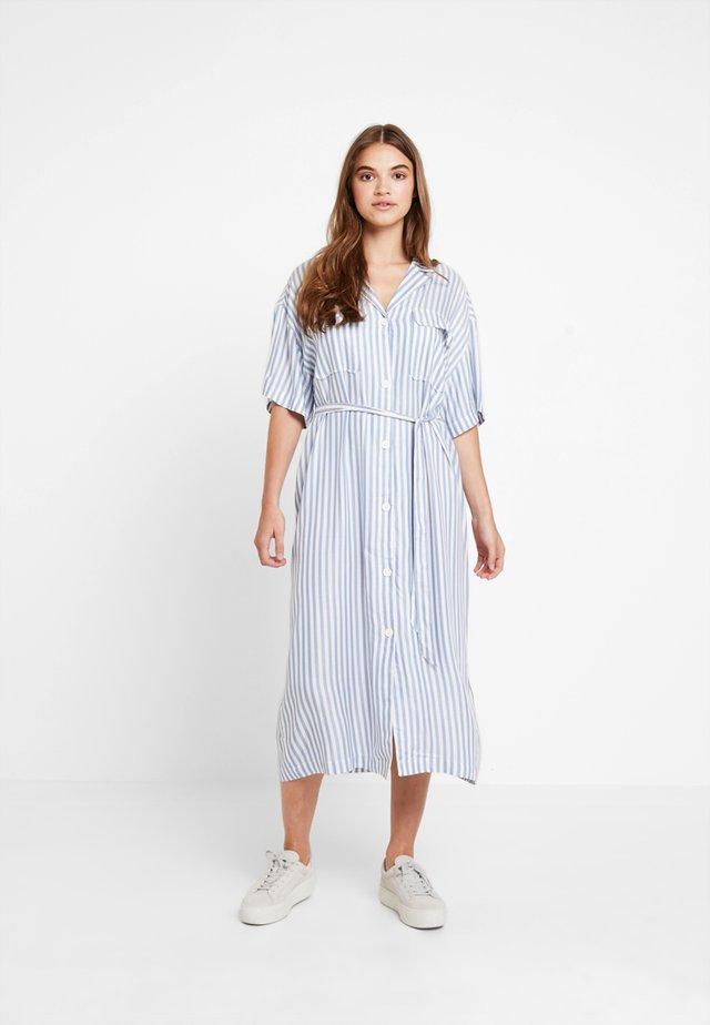 ORDER DRESS - Blusenkleid - white/blue