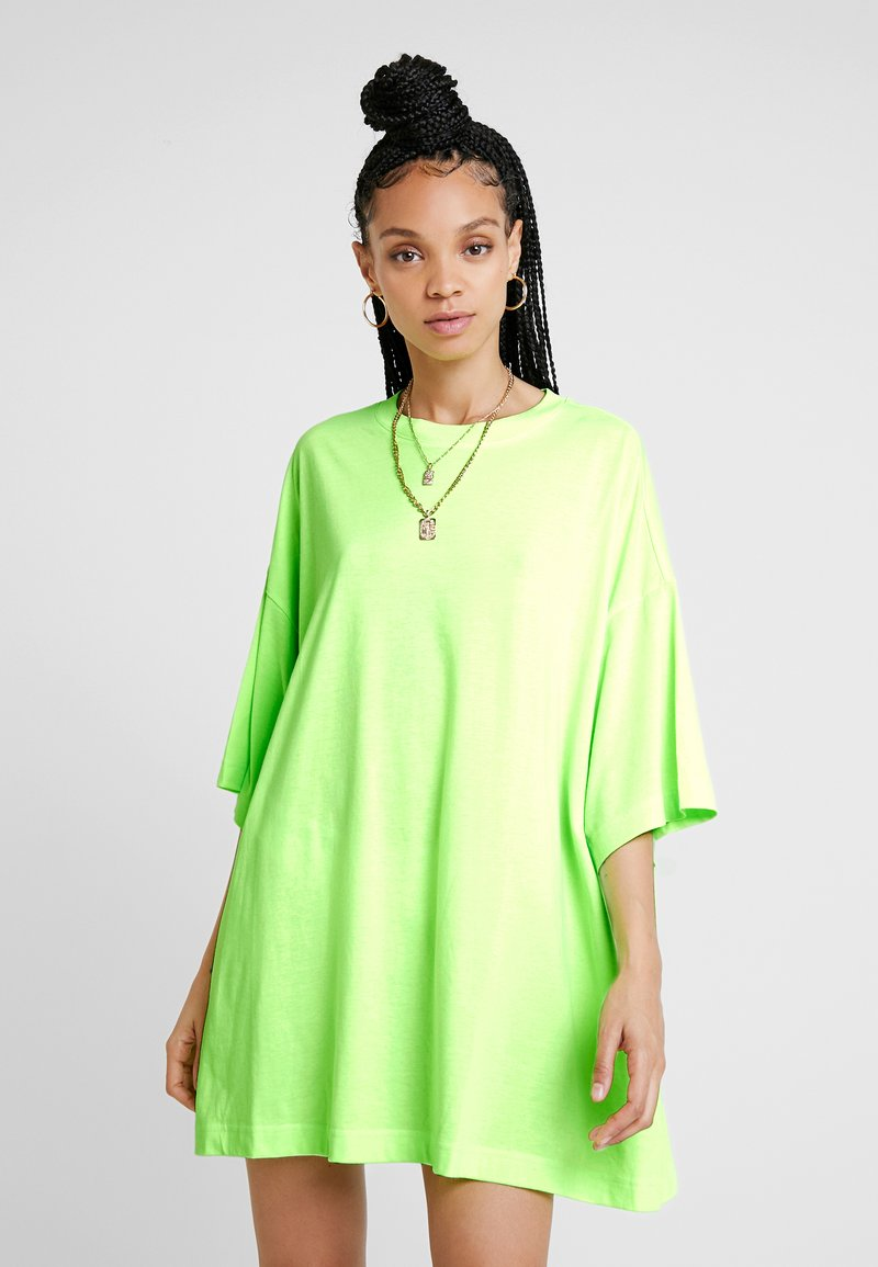 Weekday - HUGE DRESS - Vestito di maglina - neon green