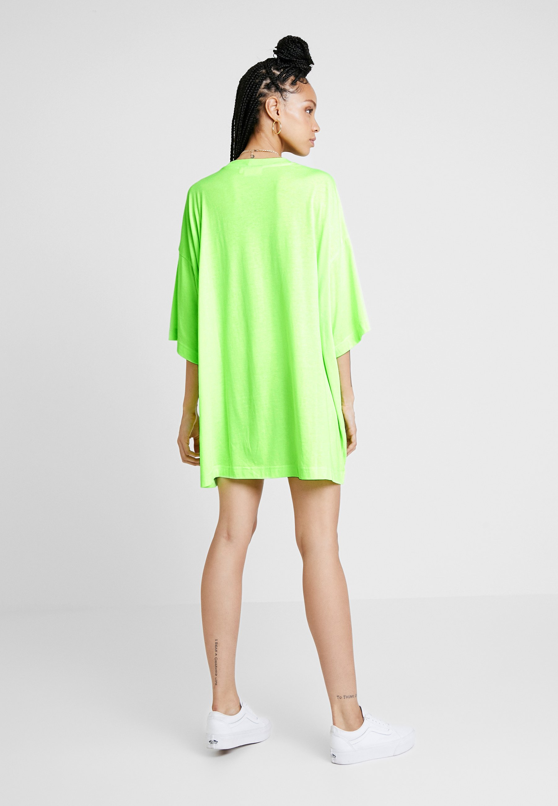 En Neon Huge Weekday DressRobe Jersey Green P0ONkXw8nZ