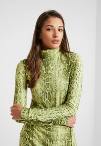 Weekday - MAXINE DRESS - Maxiklänning - green snake - 5