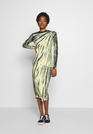 MEJA DRESS - Jersey dress - neon yellow