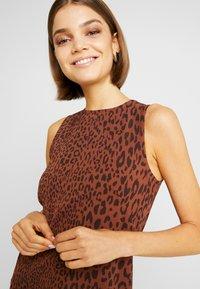 Weekday - MORGAN DRESS - Denní šaty - brown - 5