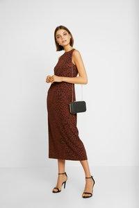 Weekday - MORGAN DRESS - Denní šaty - brown - 2
