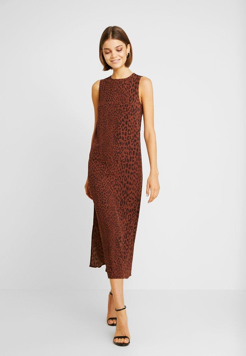 Weekday - MORGAN DRESS - Denní šaty - brown