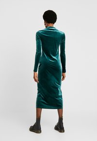 Weekday - BONITA DRESS - Kjole - dark green - 3