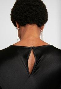 Weekday - BIRDIE DRESS - Denní šaty - black - 5