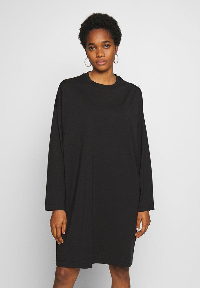 ELKE LONG SLEEVE DRESS - Žerzejové šaty - black