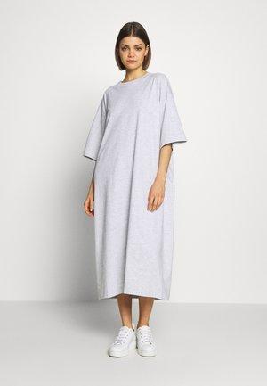 INES DRESS - Jerseyklänning - light grey