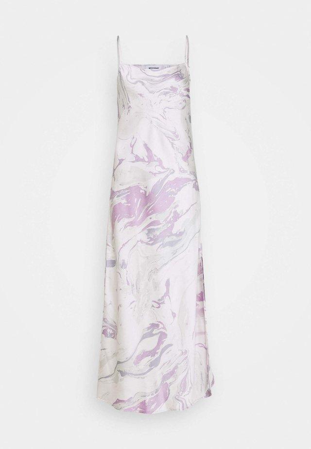 KACIE DRESS - Denní šaty - white/lilac