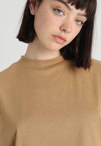 Weekday - PRIME - T-shirt basic - beige - 3