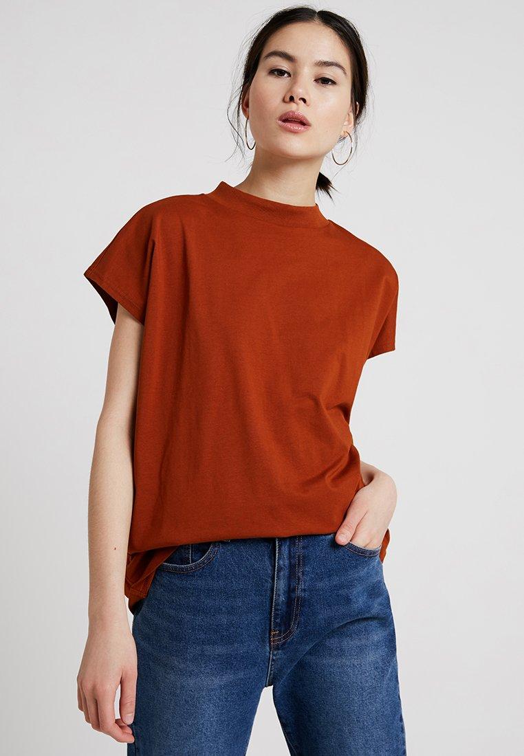 Weekday - PRIME - Jednoduché triko - dark orange