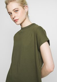 Weekday - PRIME - T-shirts - green - 4