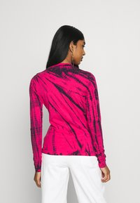 Weekday - MEJA LONG SLEEVE - T-shirt à manches longues - bright pink - 2