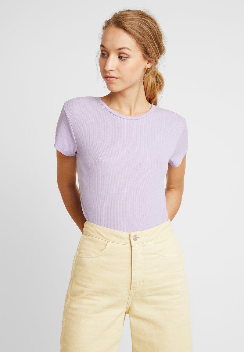 Weekday - FRANCES  - T-Shirt basic - purple