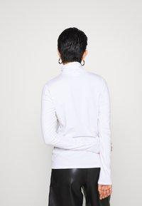 Weekday - CHIE TURTLENECK - Topper langermet - white - 2