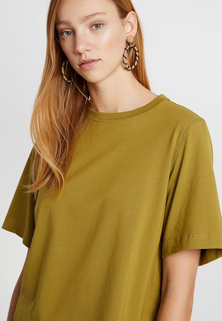 Weekday TRISH - T-shirts - olive green