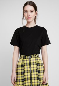 Weekday - ALANIS - T-shirt basic - black - 0