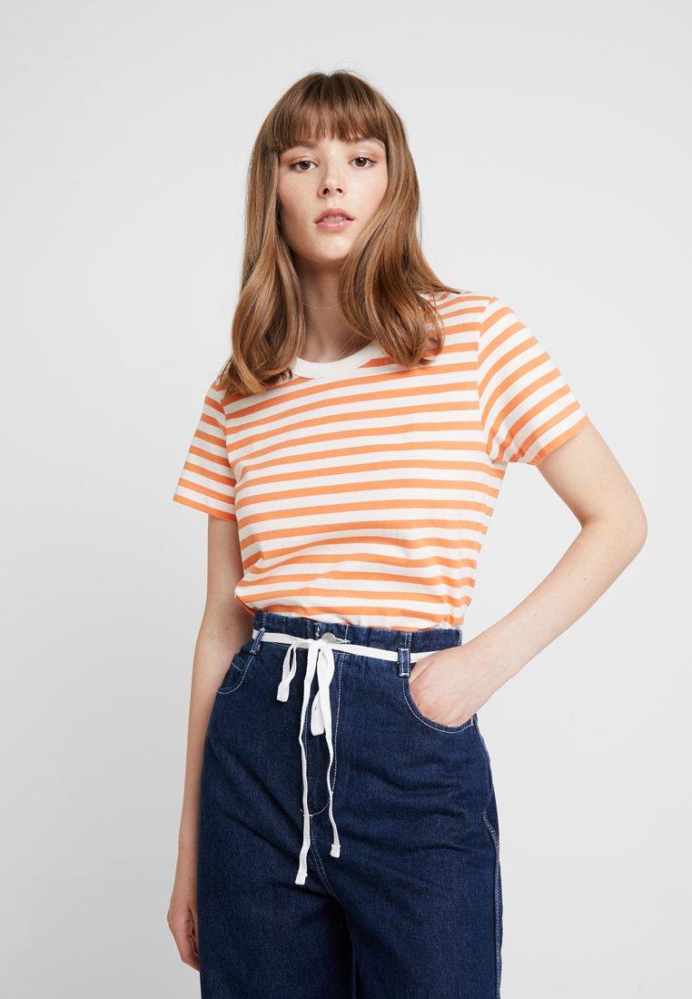 Weekday - KATE STRIPE - T-Shirt print - apricot