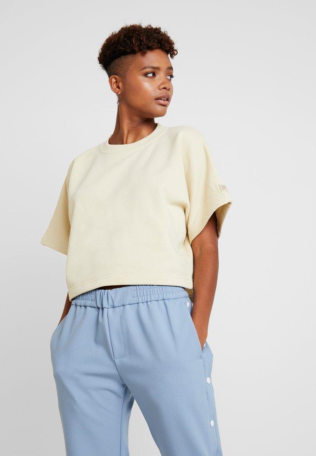 FILA FOR WEEKDAY KELIS - T-Shirt basic - oxford tan