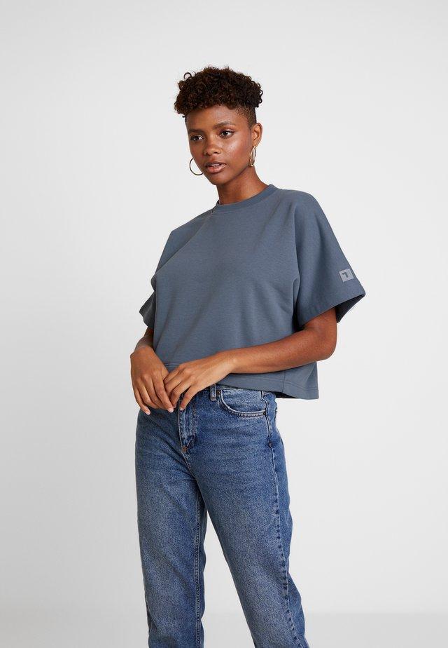 FILA FOR WEEKDAY KELIS - T-Shirt basic - stormy weather