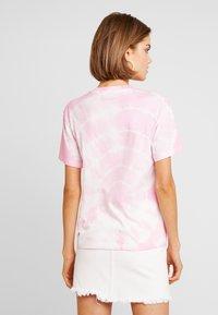 Weekday - ALANIS - Basic T-shirt - pink - 2