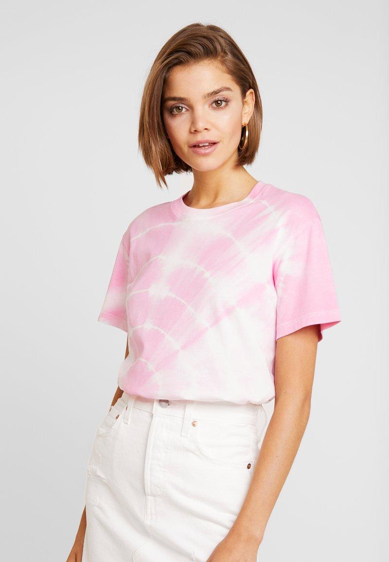 Weekday - ALANIS - T-shirts - pink