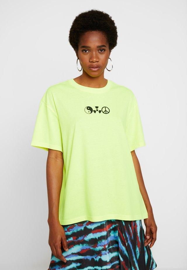 EASY - T-shirt z nadrukiem - yellow