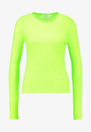 CAMERON LONG SLEEVE - Pitkähihainen paita - neon green