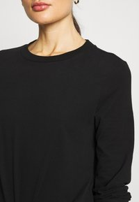 Weekday - CARRIE LONG SLEEVE - Maglietta a manica lunga - black - 4
