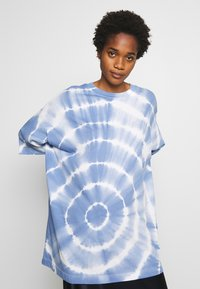 Weekday - HUGE - T-shirt print - blue - 3