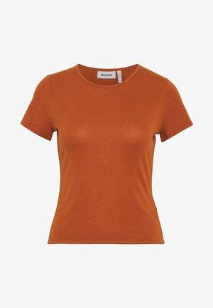 TERESA - T-shirts - brown medium dusty