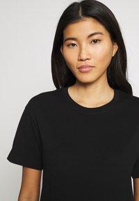 Weekday - ALANIS 2 PACK - T-shirts - black/black - 4