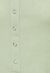Weekday - BARTOLA - Camiseta básica - pistachio - 2
