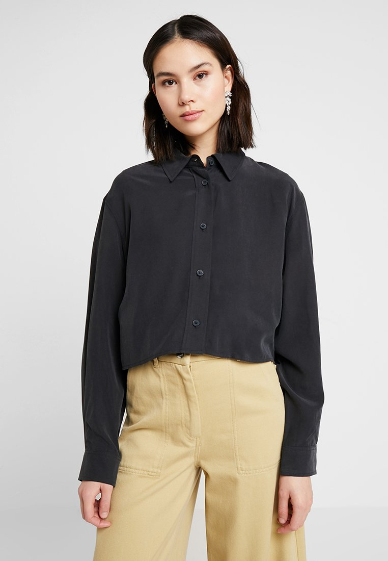 Weekday - IFE - Button-down blouse - black