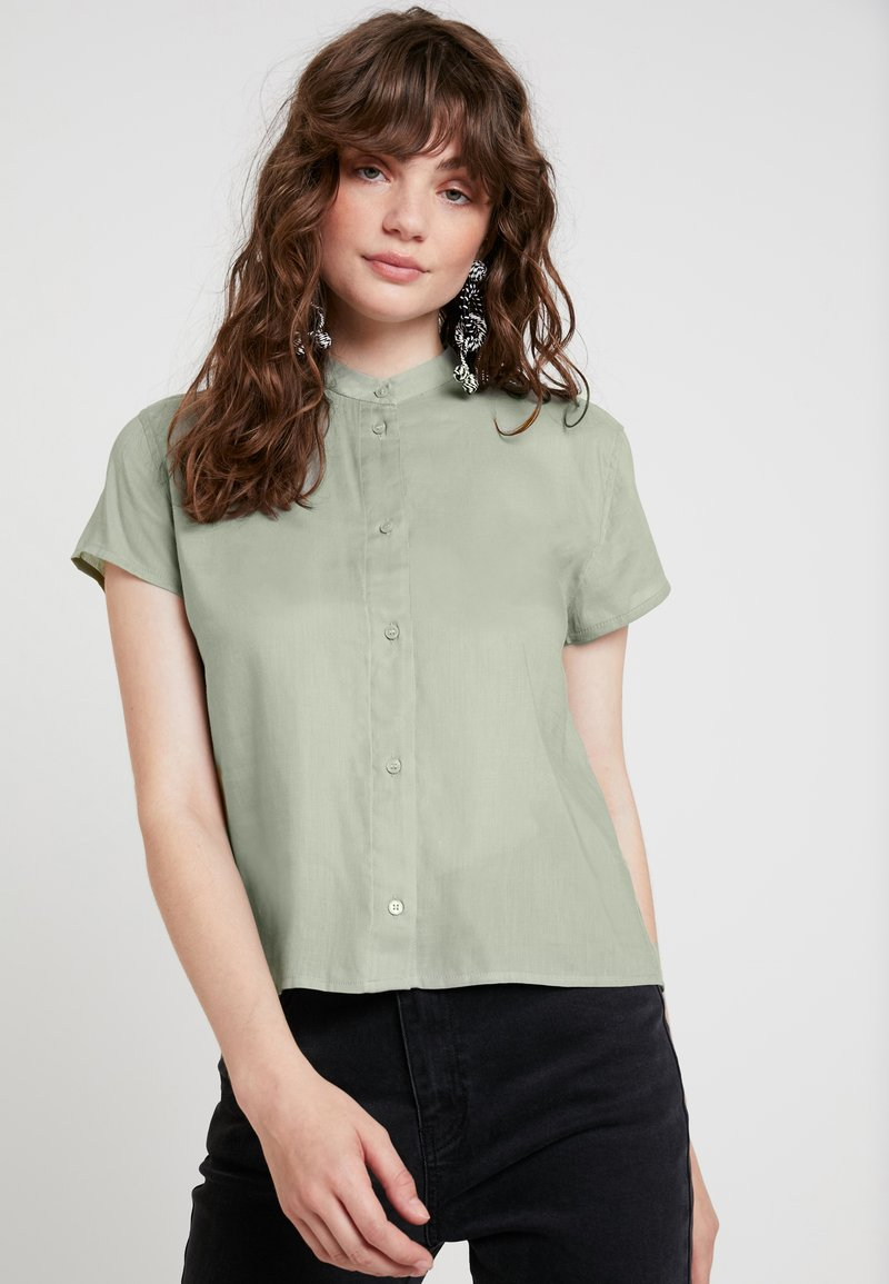 Weekday - JUNIPER BLOUSE - Skjorte - dusty green