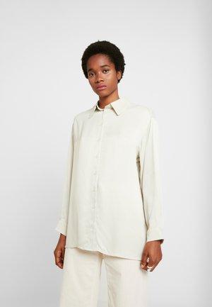 CAROL - Skjorte - beige