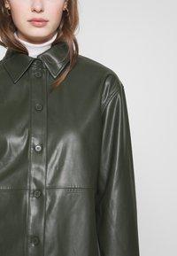 Weekday - LEXI - Skjorte - dark dusty green - 3