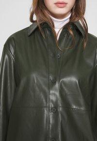 Weekday - LEXI - Skjorte - dark dusty green - 5