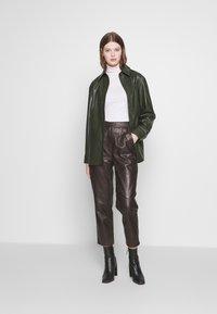 Weekday - LEXI - Skjorte - dark dusty green - 1
