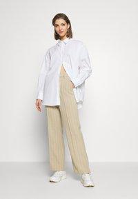 Weekday - EDYN SHIRT - Camicia - white - 1