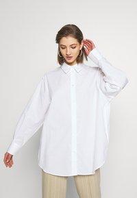 Weekday - EDYN SHIRT - Camicia - white - 0