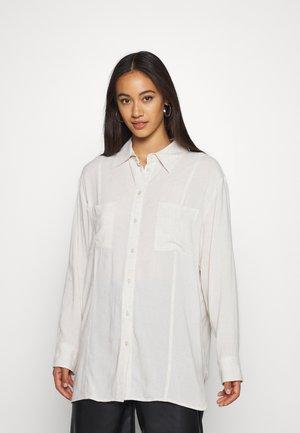 LUNA - Skjortebluser - off white melange