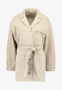 Weekday - CRUZ WORKER - Krátký kabát - sand - 4