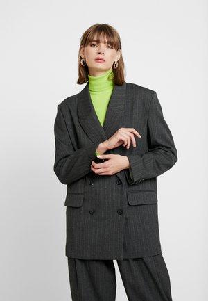 LOUISE - Kort kåpe / frakk - grey
