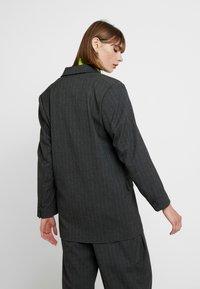 Weekday - LOUISE - Krátký kabát - grey - 2